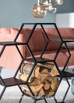 Trendhopper tip: voorkom een popperig pastel interieur met een mix van stoere en kwetsbare meubels en accessoires