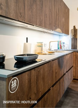 Inspiratie voor levensechte houtlook keuken van Trendhopper