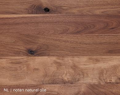 Naturel olie voor notenhouten tafel op maat bij NLwoont