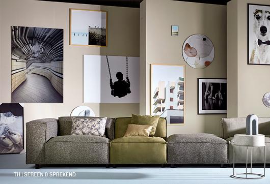 Serene en sprekende Trendhopper styling met kubistische meubels en interessante accessoires