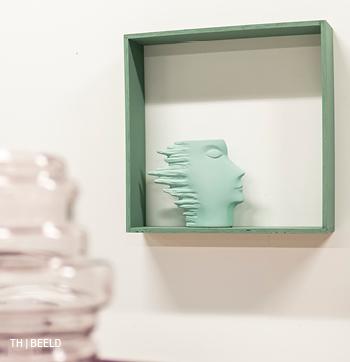 22.inspiratie voor wanddecoratie met beeld of sculptuur bij trendhopper