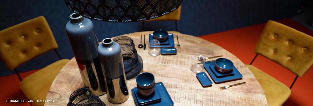 Shared dining bij Trendhopper met eettafel Chicago en eetstoel Sturdy #foodtrend #eten #eettafel #tafel #stoelen #meubels